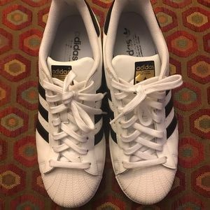 Adidas Superstar sz10 LIKE NEW